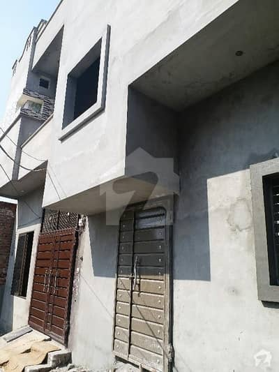 کینال پوائنٹ ہاؤسنگ سکیم ہربنس پورہ لاہور میں 3 کمروں کا 5 مرلہ بالائی پورشن 30 ہزار میں کرایہ پر دستیاب ہے۔