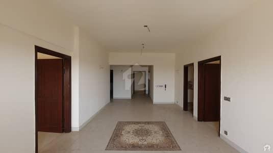 کے ڈی اے سکیم 1 کراچی میں 4 کمروں کا 10 مرلہ فلیٹ 5 کروڑ میں برائے فروخت۔