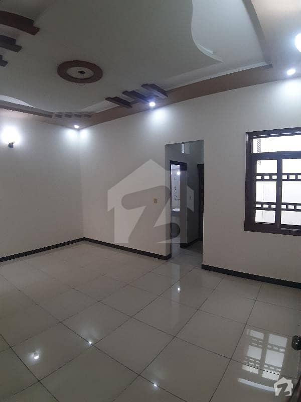 سعدی ٹاؤن سکیم 33 کراچی میں 6 کمروں کا 10 مرلہ مکان 2.8 کروڑ میں برائے فروخت۔