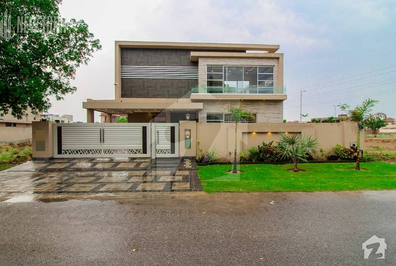 Kanal Brand New Basement Bungalow Coming Near Park For Sale
