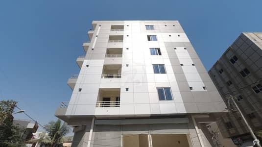 ڈی ایچ اے فیز 6 ڈی ایچ اے کراچی میں 3 کمروں کا 6 مرلہ فلیٹ 2.6 کروڑ میں برائے فروخت۔