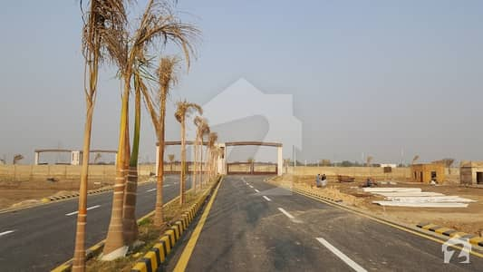 188 Square Yards Three Side Corner On 50 Feet Wide Road Is Available For Sale In Sector 31 - Punjabi Saudagar City Phase 2