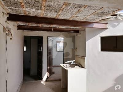 اللہ والا ٹاؤن ۔ سیکٹر 31-بی اللہ والا ٹاؤن کورنگی کراچی میں 3 کمروں کا 4 مرلہ پینٹ ہاؤس 19 لاکھ میں برائے فروخت۔