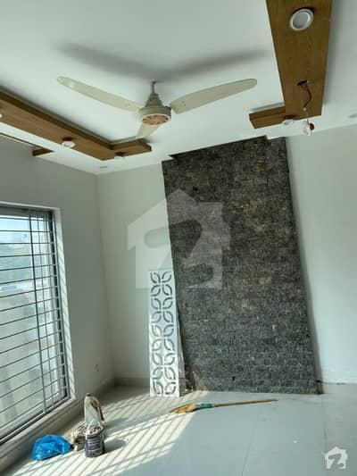 1 Kanal Anexy In Green City  Located On Main Road Of Green City