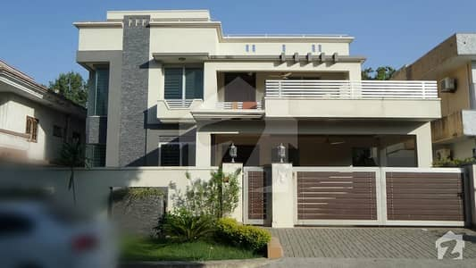 Full House 40x80 Is Available On Reasonable Rent