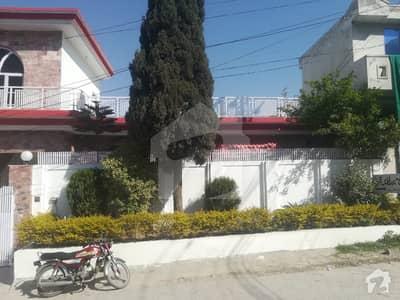 جنجوعہ ٹاؤن راولپنڈی میں 3 کمروں کا 10 مرلہ مکان 1.15 کروڑ میں برائے فروخت۔
