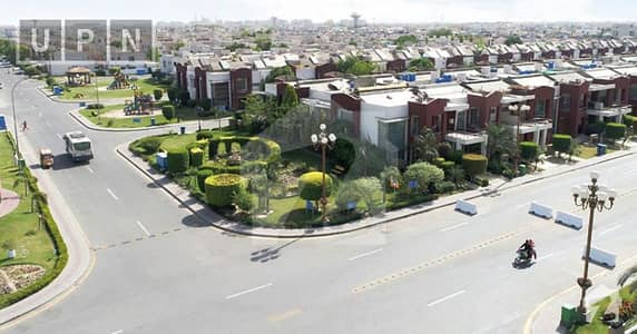 10 Marla Outclass Location Plot File On Installments In Bahria Town