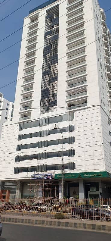 کلفٹن ۔ بلاک 7 کلفٹن کراچی میں 4 کمروں کا 13 مرلہ فلیٹ 6.5 کروڑ میں برائے فروخت۔