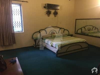 علامہ اقبال ٹاؤن لاہور میں 2 کمروں کا 10 مرلہ بالائی پورشن 34 ہزار میں کرایہ پر دستیاب ہے۔