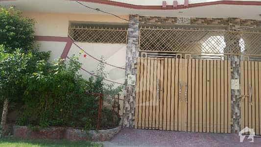 ادرز صادق آباد میں 4 کمروں کا 5 مرلہ مکان 60 لاکھ میں برائے فروخت۔