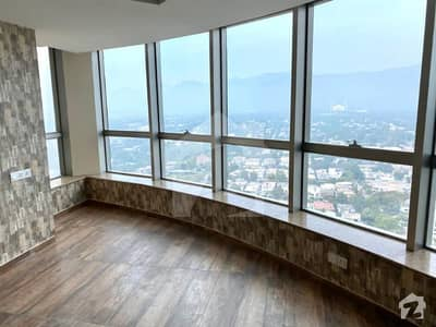 3 Bedrooms Apartment With Breathtaking View