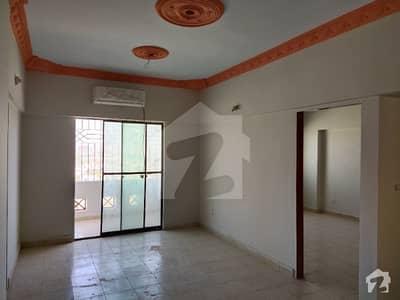 احسن آباد فیز 1 احسن آباد گداپ ٹاؤن کراچی میں 2 کمروں کا 5 مرلہ فلیٹ 15 ہزار میں کرایہ پر دستیاب ہے۔