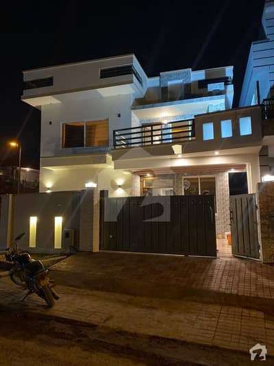Elegant Double Unit Corner House In Dha 2