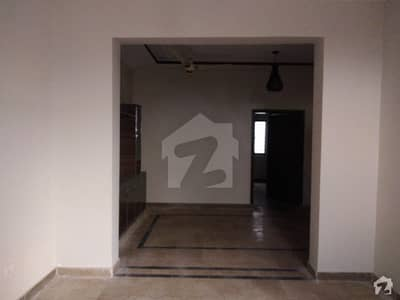 1125  Square Feet House Available For Rent In Janjua Town