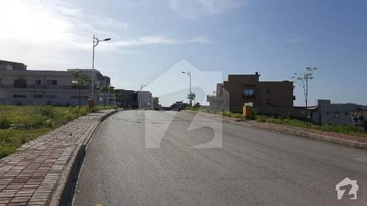 بحریہ ٹاؤن فیز 8 ۔ بلاک ای بحریہ ٹاؤن فیز 8 بحریہ ٹاؤن راولپنڈی راولپنڈی میں 10 مرلہ رہائشی پلاٹ 95 لاکھ میں برائے فروخت۔