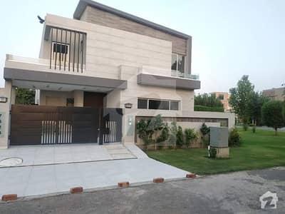 اسٹیٹ لائف فیز 1 - بلاک جی اسٹیٹ لائف ہاؤسنگ فیز 1 اسٹیٹ لائف ہاؤسنگ سوسائٹی لاہور میں 5 کمروں کا 10 مرلہ مکان 2.7 کروڑ میں برائے فروخت۔