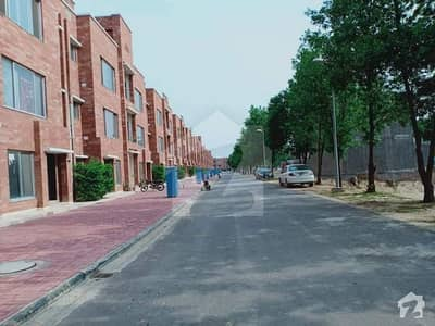 2nd FLOOR 5 MARLA APARTMENT FOR SALE IN D BLOCK BAHRIA ORCHARD