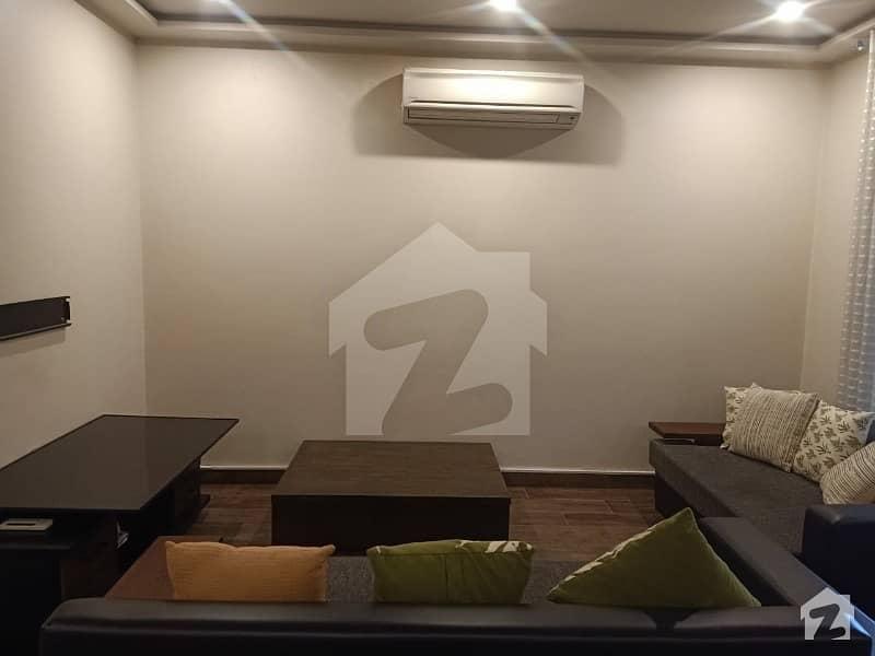 گلبرگ 4 گلبرگ لاہور میں 2 کمروں کا 8 مرلہ فلیٹ 2.5 لاکھ میں کرایہ پر دستیاب ہے۔