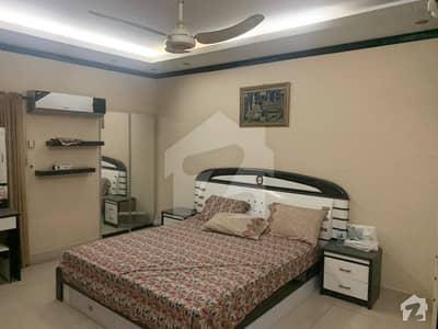 کلفٹن ۔ بلاک 2 کلفٹن کراچی میں 4 کمروں کا 10 مرلہ فلیٹ 4.25 کروڑ میں برائے فروخت۔