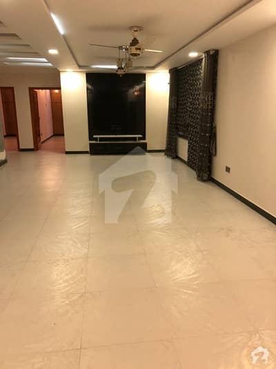 10 Marla Flat For Sale Rehman Garden