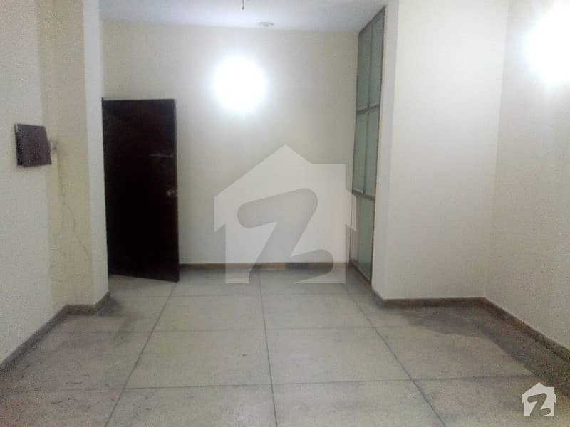 Flat Available For Rent In 1st Floor Model Town