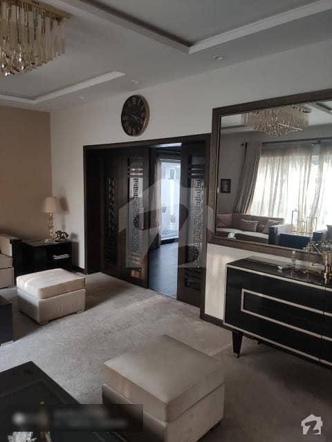 ایف ۔ 10/2 ایف ۔ 10 اسلام آباد میں 5 کمروں کا 1 کنال مکان 14 کروڑ میں برائے فروخت۔