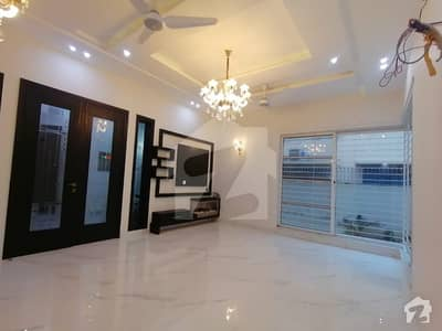 1 Kanal Luxury House For Rent In Dha Phase 4