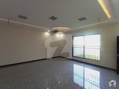 ONE KANAL BRAND NEW HOUSE AVAILABLE FOR SALE IN OPF HOUSING SCHEME LAHORE