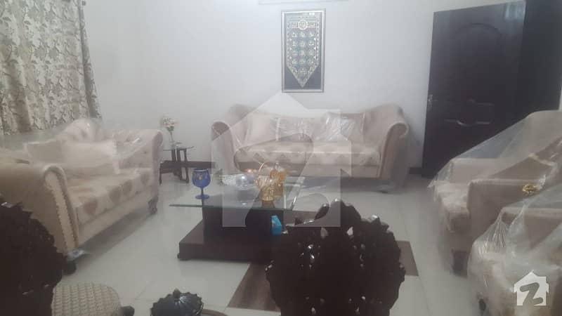 عسکری 5 ملیر کنٹونمنٹ کینٹ کراچی میں 4 کمروں کا 13 مرلہ فلیٹ 80 ہزار میں کرایہ پر دستیاب ہے۔