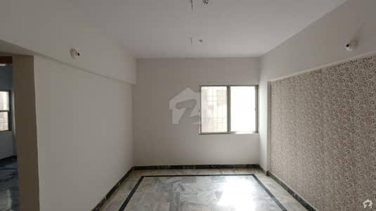 گلستانِِ جوہر ۔ بلاک 18 گلستانِ جوہر کراچی میں 3 کمروں کا 6 مرلہ پینٹ ہاؤس 75 لاکھ میں برائے فروخت۔