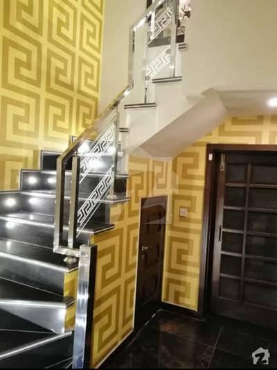 بحریہ ٹاؤن گلبہار بلاک بحریہ ٹاؤن سیکٹر سی بحریہ ٹاؤن لاہور میں 5 کمروں کا 10 مرلہ مکان 72 ہزار میں کرایہ پر دستیاب ہے۔