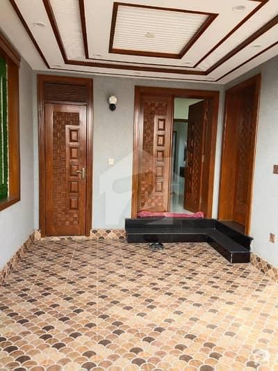 بحریہ ٹاؤن جناح بلاک بحریہ ٹاؤن سیکٹر ای بحریہ ٹاؤن لاہور میں 3 کمروں کا 5 مرلہ مکان 50 ہزار میں کرایہ پر دستیاب ہے۔