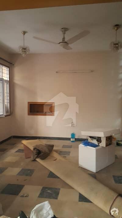 ایف ۔ 10 اسلام آباد میں 6 کمروں کا 1.02 کنال مکان 9.75 کروڑ میں برائے فروخت۔