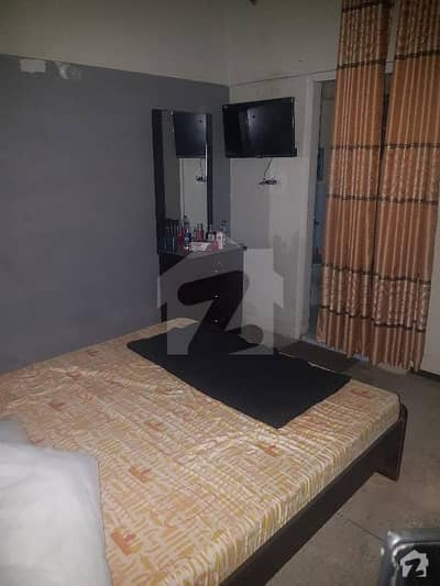 1 Bed Lounge Flat