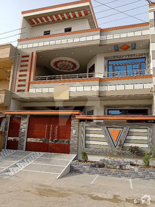 سادی ٹاؤن - بلاک 4 سعدی ٹاؤن سکیم 33 کراچی میں 6 کمروں کا 10 مرلہ مکان 3.1 کروڑ میں برائے فروخت۔