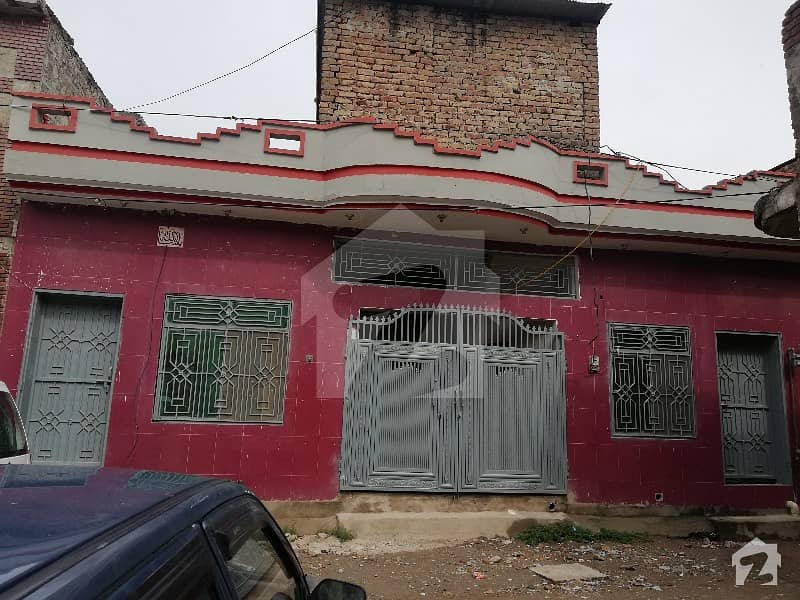 House Available For Sale In Alipur Farash