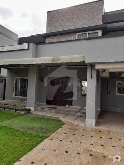 بحریہ ٹاؤن سیکٹر B بحریہ ٹاؤن لاہور میں 5 کمروں کا 1 کنال مکان 2.5 لاکھ میں کرایہ پر دستیاب ہے۔
