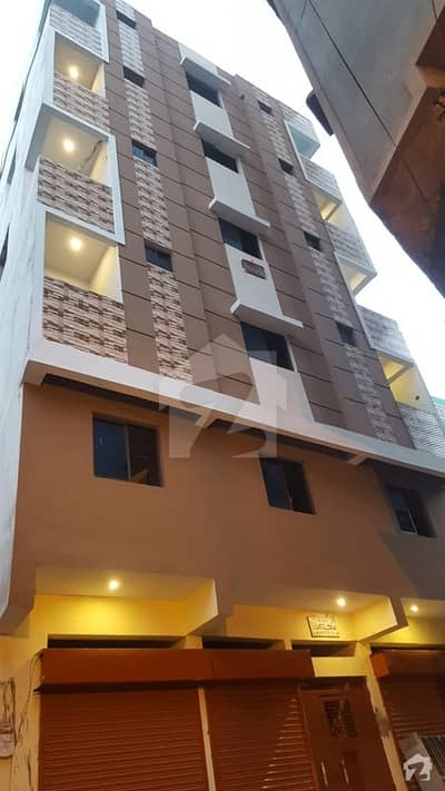 Saddar Town Flat Sized 750  Square Feet Is Available