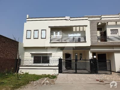 سٹی ہاؤسنگ سوسائٹی سیالکوٹ میں 4 کمروں کا 7 مرلہ مکان 50 ہزار میں کرایہ پر دستیاب ہے۔