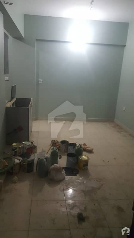 950 Square Feet Flat Is Available In Delhi Colony