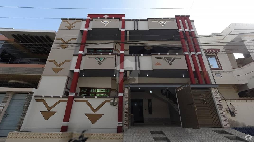 سادی ٹاؤن - بلاک 2 سعدی ٹاؤن سکیم 33 کراچی میں 6 کمروں کا 10 مرلہ مکان 2.65 کروڑ میں برائے فروخت۔