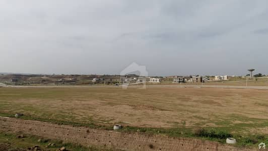 Plot Is Available For Sale In Bahria Town Phase 8 - Block P