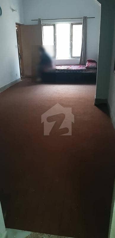 ایف ۔ 10/3 ایف ۔ 10 اسلام آباد میں 3 کمروں کا 3 مرلہ مکان 1.6 کروڑ میں برائے فروخت۔