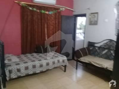580  Square Feet Upper Portion In Dastgir Colony For Sale