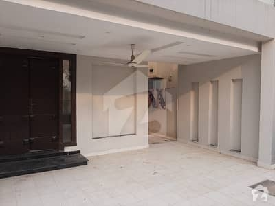 11 Marla Like A New House Full Independent House Ideal Location For Rent In Bahria Town Lahore