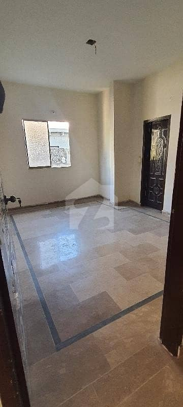 In North Nazimabad Flat Sized 1292  Square Feet For Rent