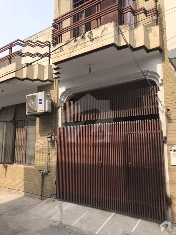 1125  Square Feet House In Allama Iqbal Town For Sale At Good Location