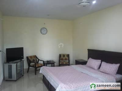 Rooms Is Available For Rent