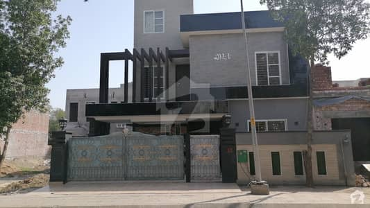 10 Marla Ideal Location Luxury Double Storey House For Sale In Bahria Town