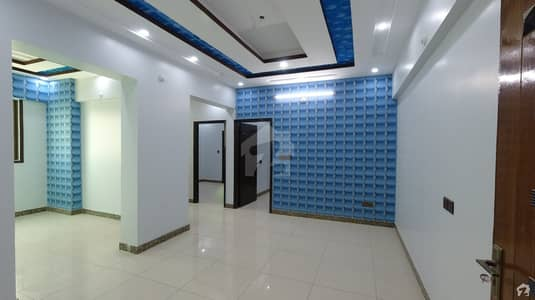 ناظم آباد - بلاک 3 ناظم آباد کراچی میں 2 کمروں کا 4 مرلہ فلیٹ 75 لاکھ میں برائے فروخت۔